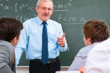 Liselere profesör geliyor