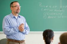 Öğretim üyelerinin emeklilik yaşı değişti