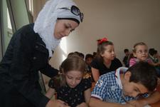 Atanamayan öğretmenler Suriyelilere ders verecek