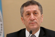 Milli Eğitim Bakanı Ziya Selçuk'tan atanamayan öğretmenler açıklaması