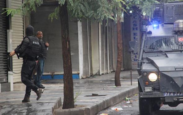 Diyarbakır'da öldürülen öğretmen PKK'lı çıktı!
