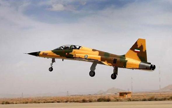 İran yerli savaş uçağı için düğmeye bastı!