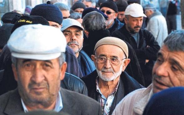 Resmi Gazete'de yayınlandı bin liralık emekli maaşında 3 yıl sürprizi