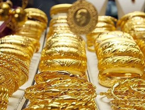 Altın 121 lirayla rekor kırdı
