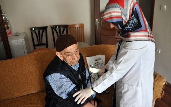 Herkes bilmiyor ama yaşlılar sağlık hizmeti ücretsiz