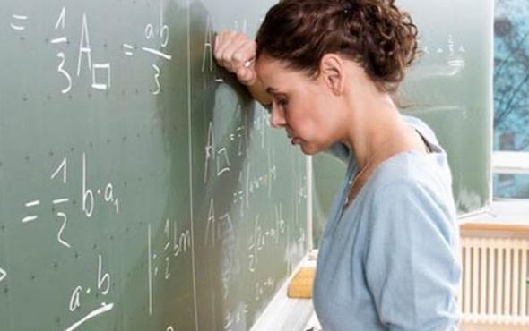 Binlerce öğretmene kötü haber ihbar ve kıdem tazminatı alamayacaklar