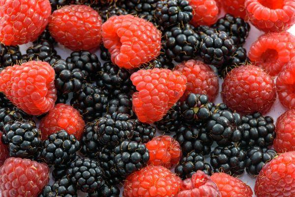 Koronavirüse karşı kalkan olan meyveler! Çiğ  yemek zehirliyor