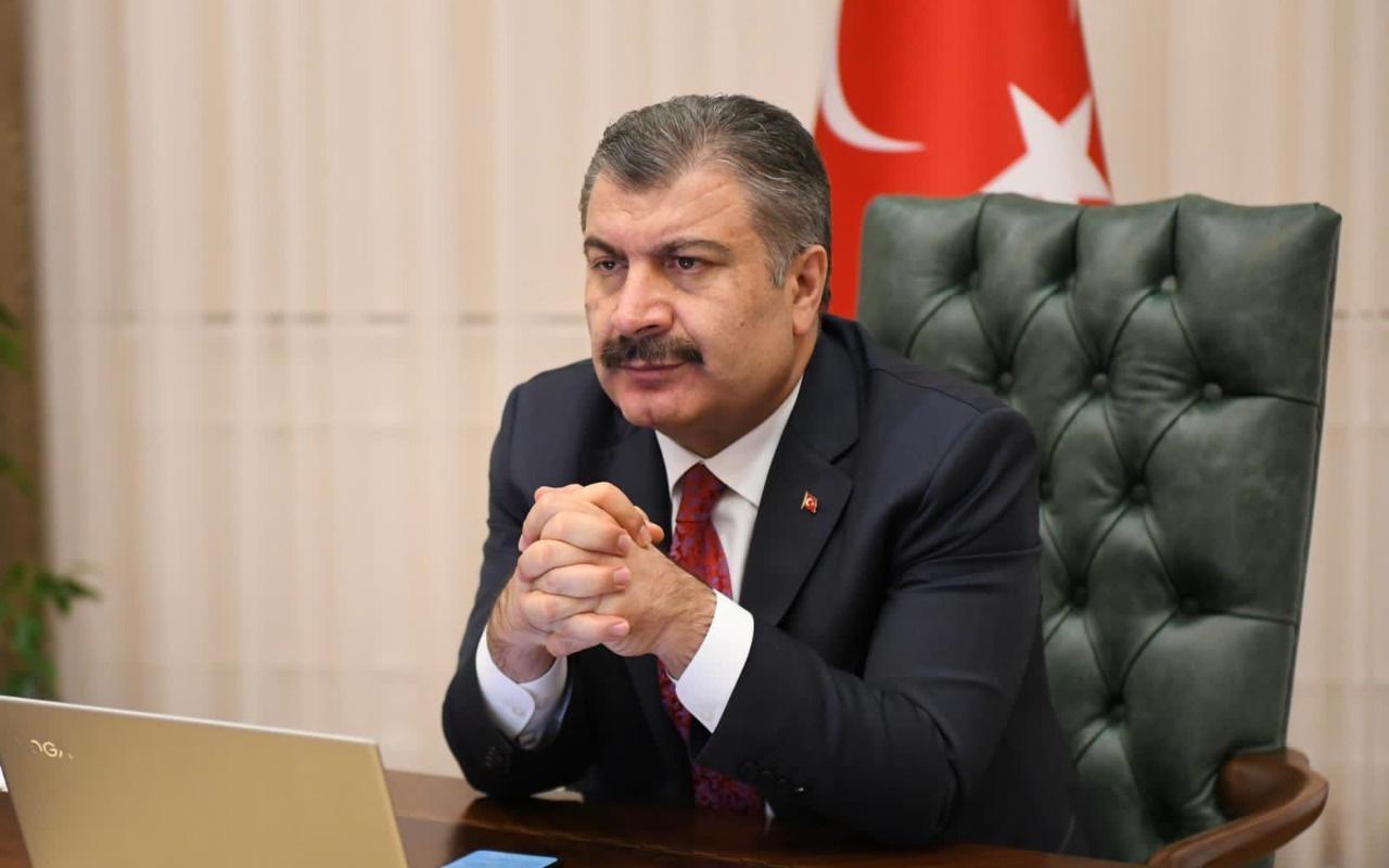 Sağlık Bakanı Fahrettin Koca'dan mutant virüs uyarısı! Kongrelerdeki kalabalık için ilk kez yanıt verdi