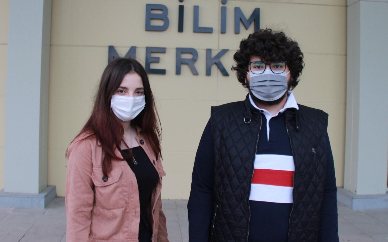 Lise öğrencileri Türkiye'nin adını dünyaya duyurdu