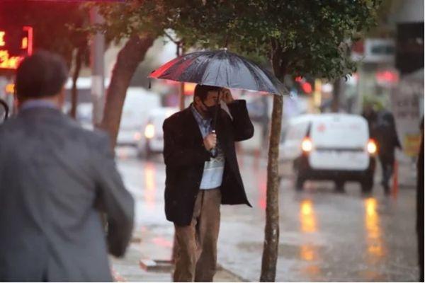 Meteoroloji uyardı! Sağanak yağış fena geliyor! İşte detaylar...