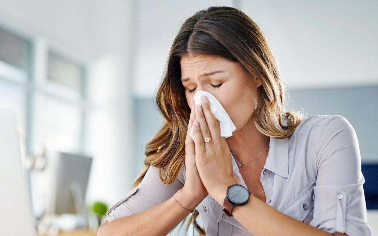 Neden herkes hastalanmaya başladı? Koronavirüs testleri negatif çıkıyor! Doktorlar açıkladı işte seb