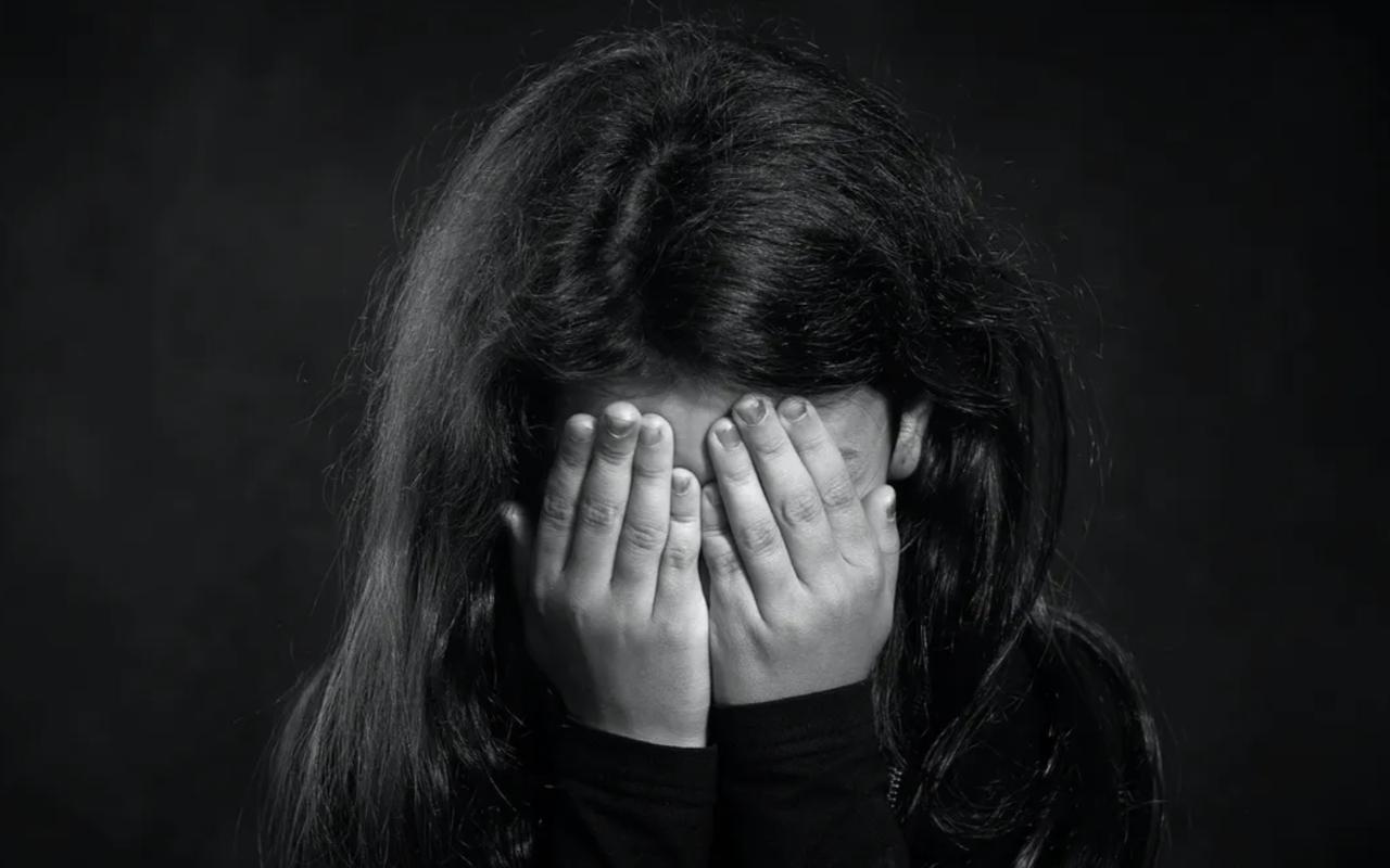 11 yaşındaki öz kızına cinsel istismar! Babası yakaladı...
