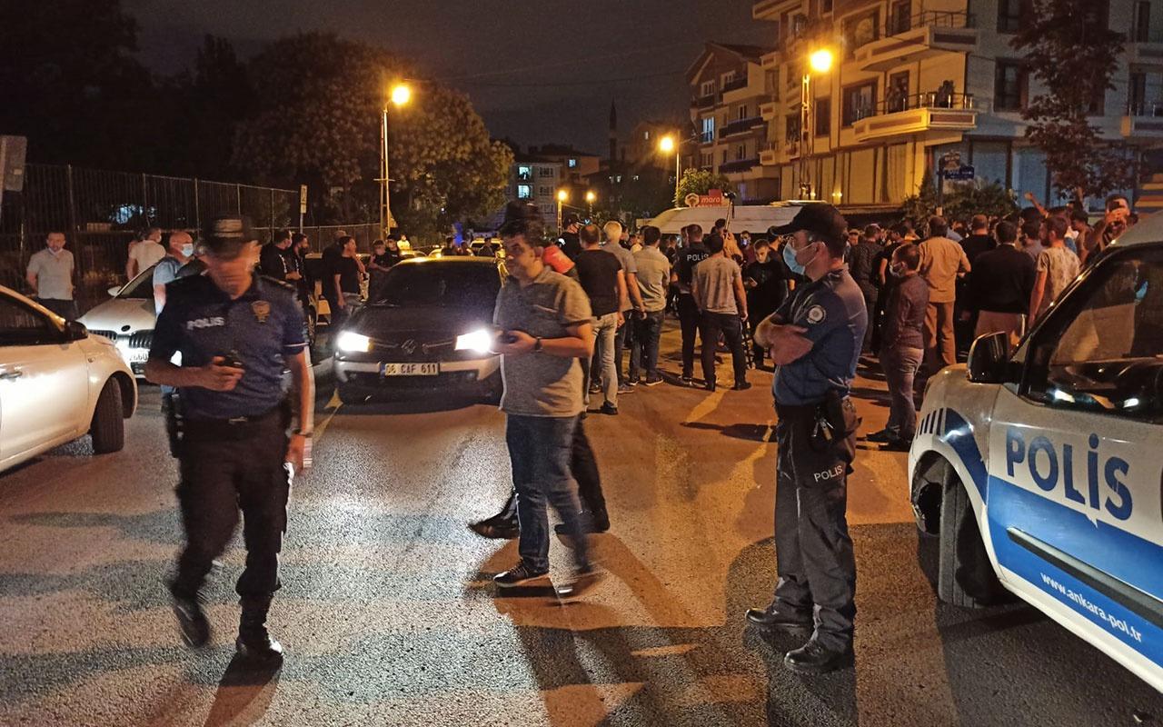 Sığınmacılar 2 Türk'ü bıçakladı mahalleli ayağa kalktı! Kaymakam ikna ederek sakinleştirdi
