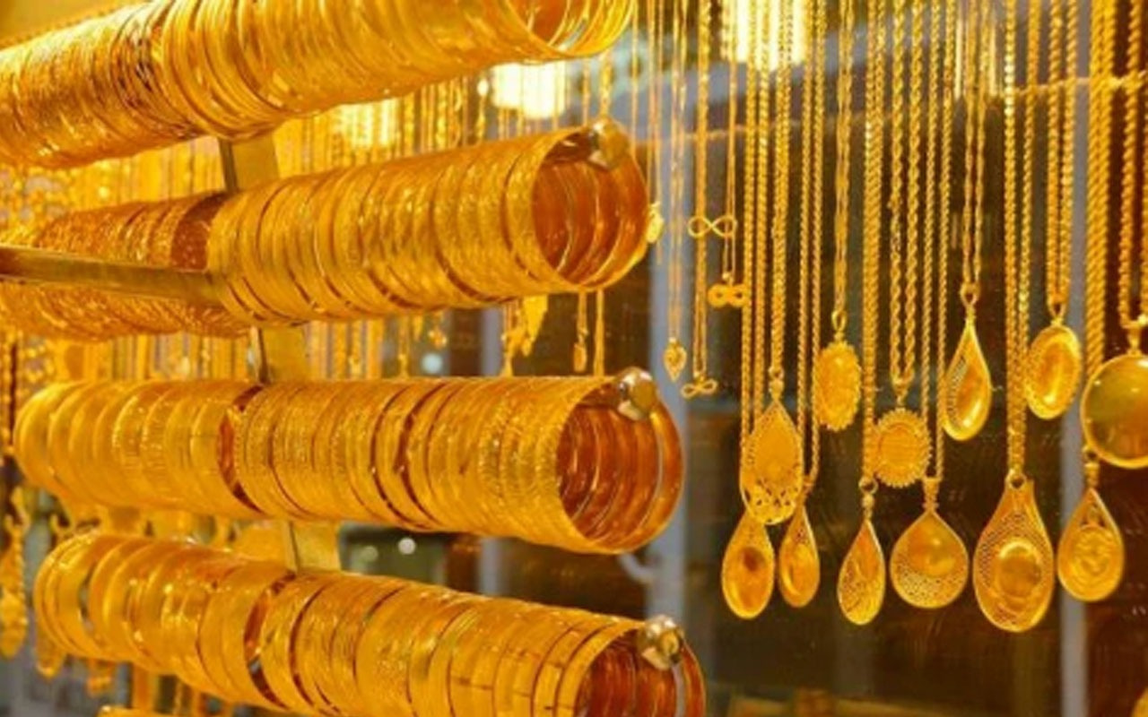 Altın alacaklar dikkat güne düşüşle başladı! İşte 15 Eylül altın fiyatlarında son durum...