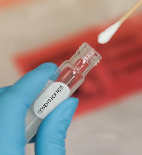Covid-19 testleri negatif çıktı! Doktorlar gerçeği açıkladı