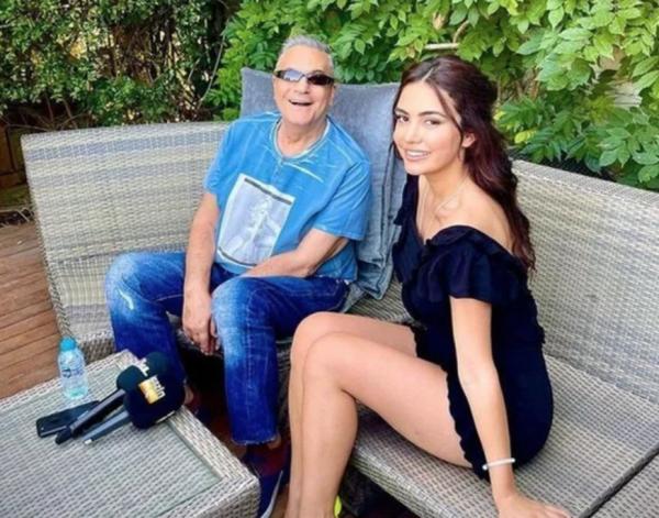 Eteğin altına elini sokmuştu! Mehmet Ali Erbil'e ikinci şok