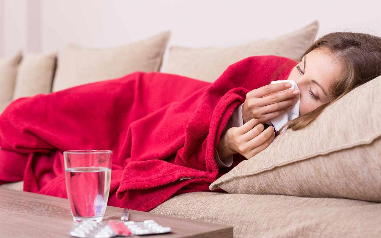 Uzmanlar uyarıyor semptomları koronavirüse benziyor! Yeni hastalık 'süper soğuk algınlığı'